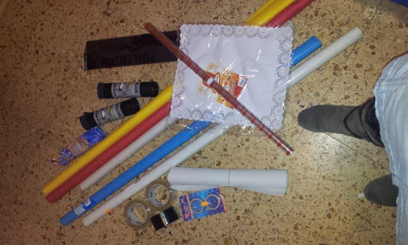 Complicando el carnaval con disfraces de papel
