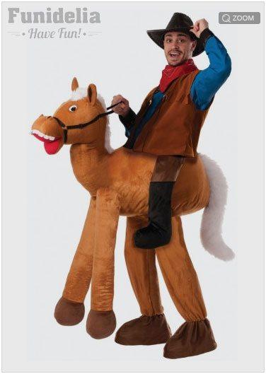 porque el novio puede ir de vaquero a caballo que es un disfraz sper moln y muy llamativo y los dems podamos ir de indios que es un disfraz