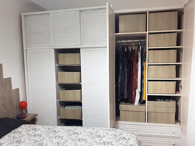 Como forrar un armario empotrado por dentro trendy - Vestir un armario por dentro ...