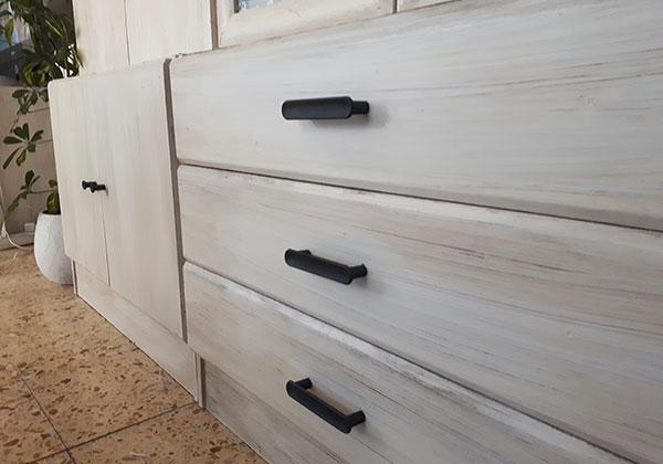 Renovar un mueble con tiradores - Treinta y ... Diario de una ...